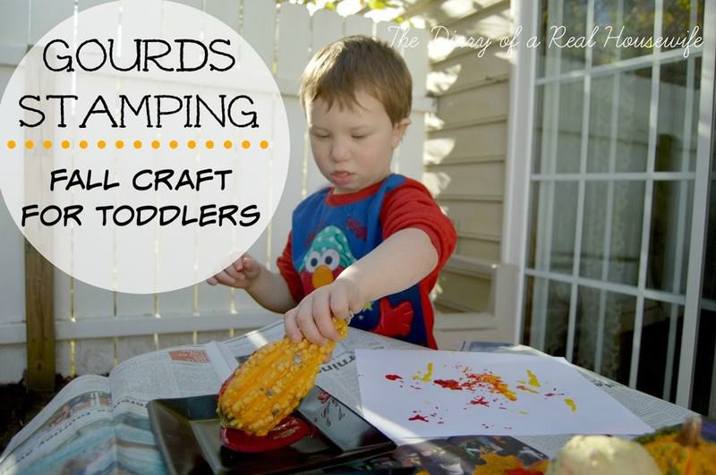 Gourd Stamping – Fall Craft for Toddlers