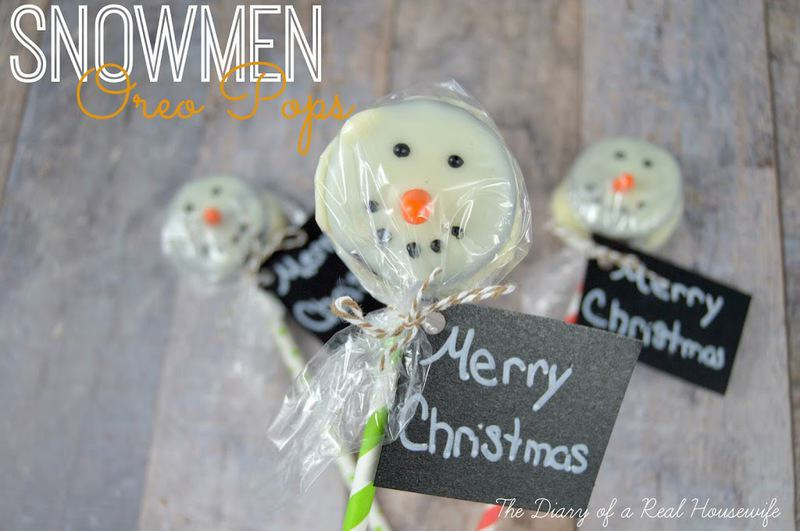 Snowmen Oreo Pops with wrapping and a merry Christmas tag