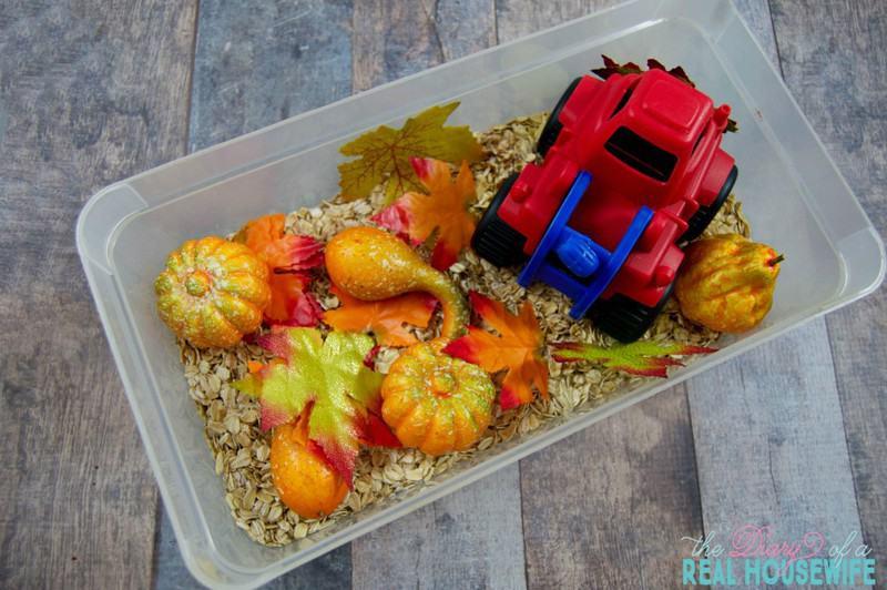 DIY Fall sensory bin