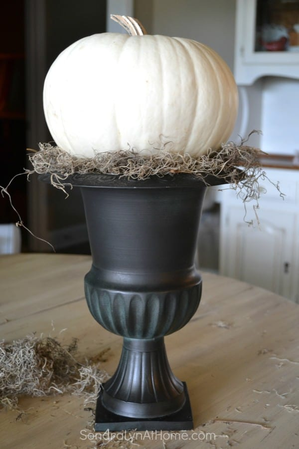 How-to-Make-an-Easy-PumpkinTopiary-Sondra-Lyn-at-Home