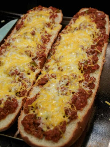 Sloppy Joe French Bread Pizza