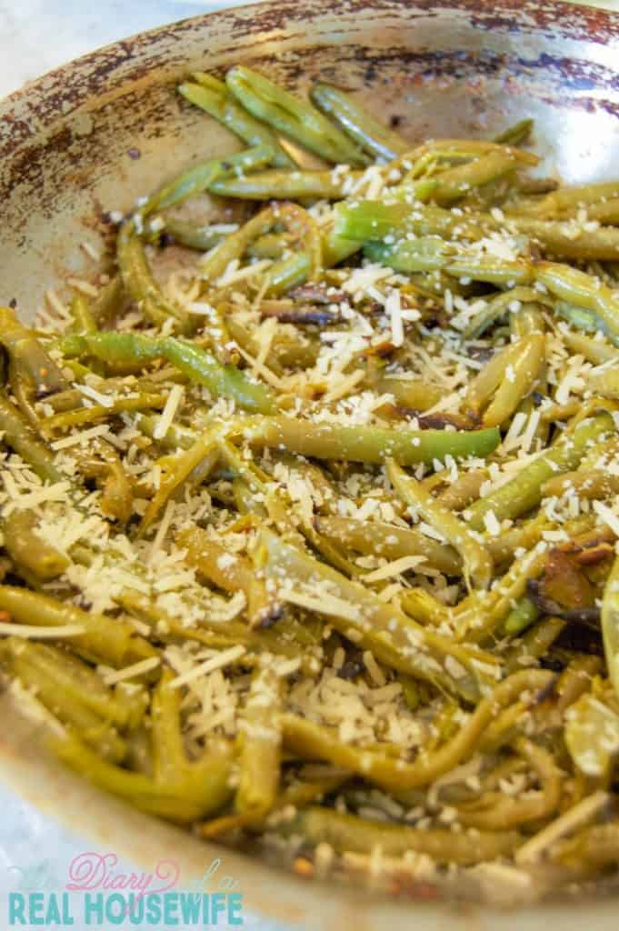 my-all-time-favorite-parmesan-garlic-skillet-green-beans-681x1024