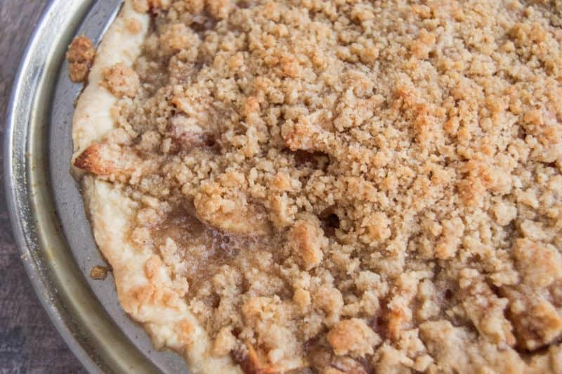 baked-dutch-apple-pie