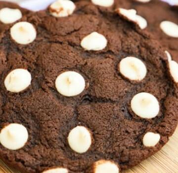 Chocolate White Chocolate Chip Cookies