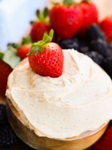 Greek Yogurt Peanut Butter Fruit Dip
