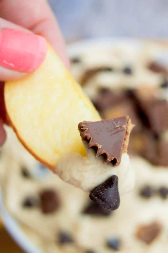 Chocolate Chip Peanut Butter Cup Cheesecake Dip