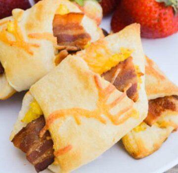 Breakfast Bacon Crescent Rolls Ups