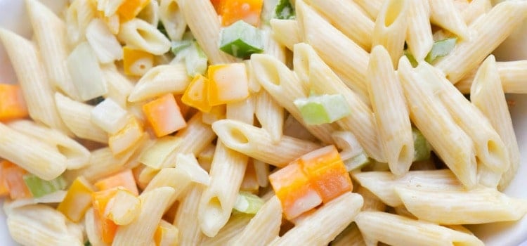 features size Classic Pasta Salad