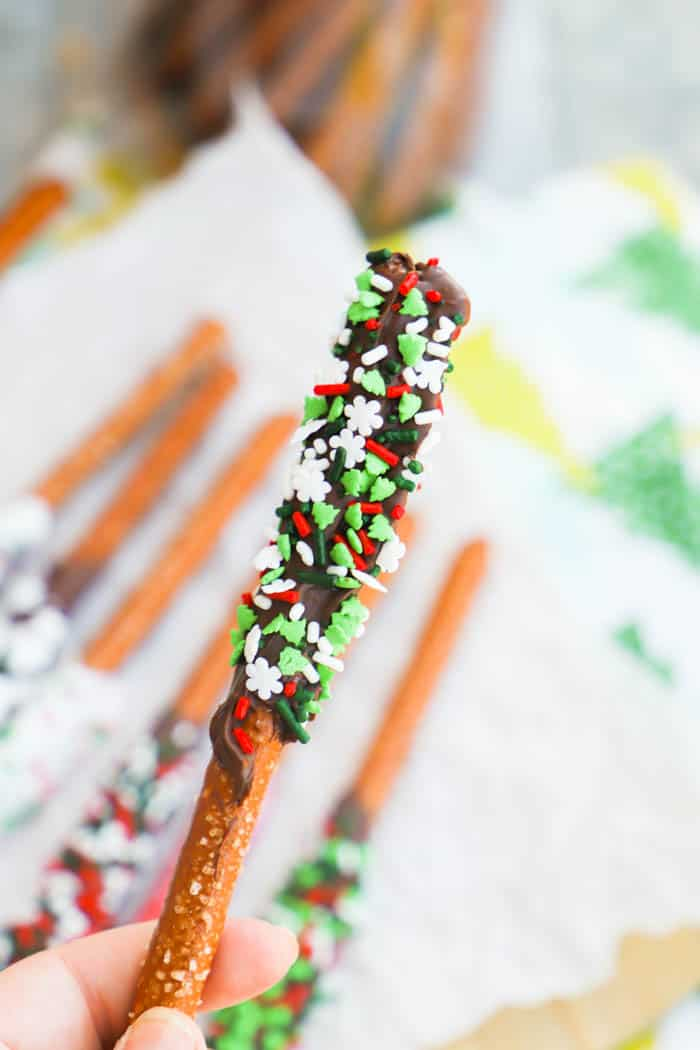 hold a Chocolate Covered Pretzel Rods Recipe