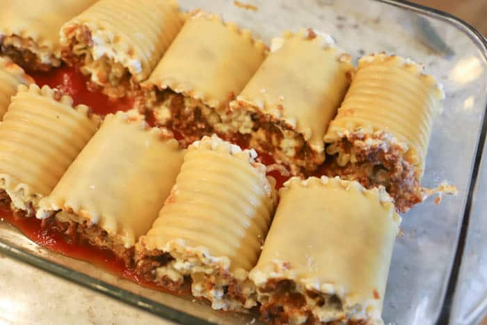 rolls in the dish