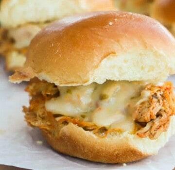 featured image Slow Cooker Chicken Fajita Sliders