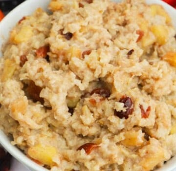 featured picture of Slow Cooker Cranberry Apple Oatmeal