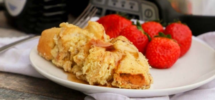 Slow Cooker French Toast Casserole featured picture