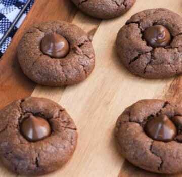 Chocolate Blossom Cookies featured picture