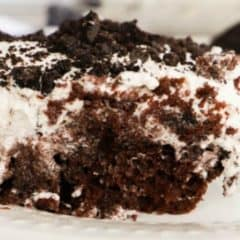Oreo Poke Cake featured pic