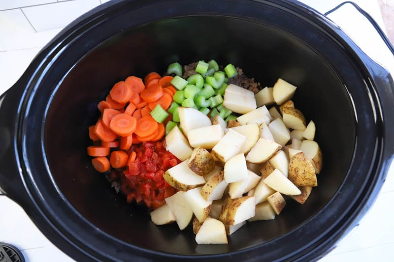 Ingredients in the slow cooker