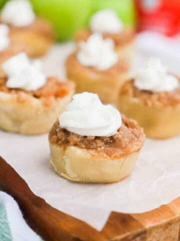 Mini Muffin Tin Apple Pies