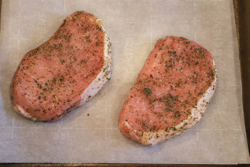 seasoning pork chops