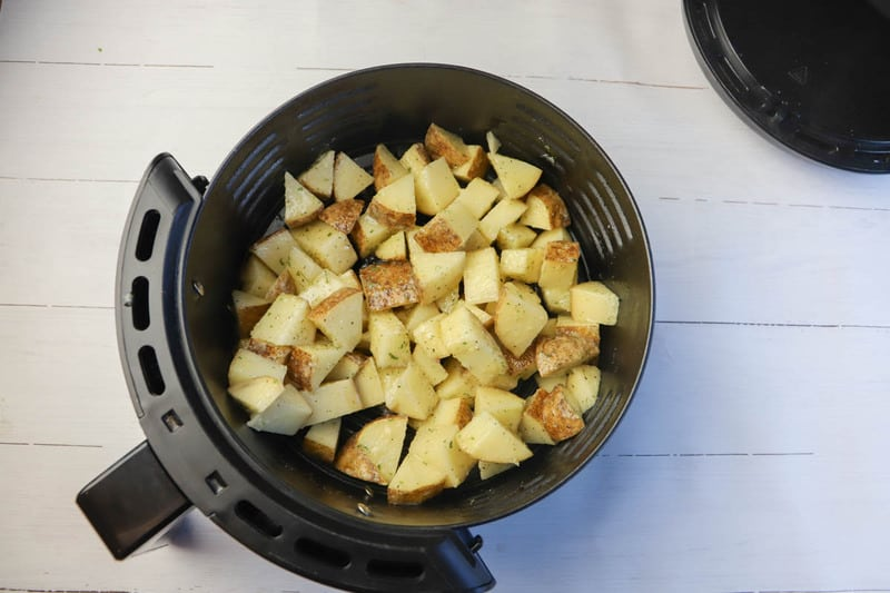 potatoes in the air fryer basket